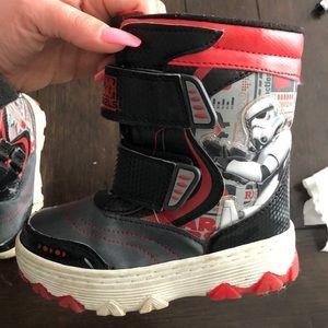 Star Wars  light up snow boots